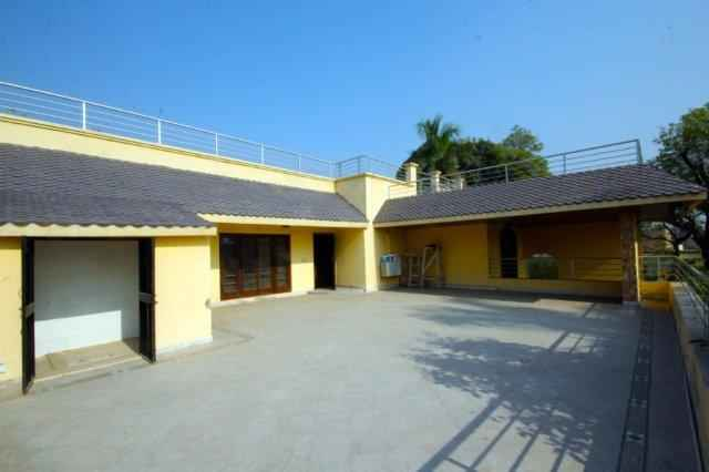 2 Kanal Separate Gate Upper Portion Available For Rent in Cant