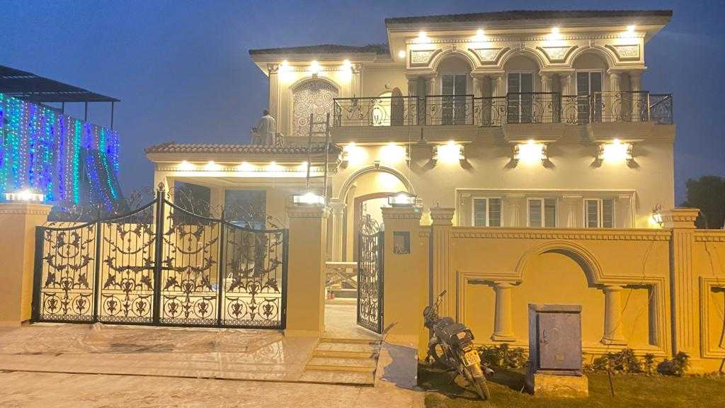 Kanal Self constructed Bungalow DHA